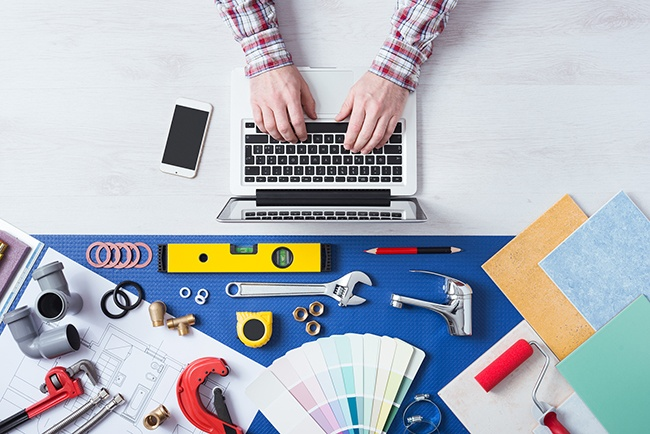 featured image for post:Starting A Blog? What Home Improvement Contractors Should Know